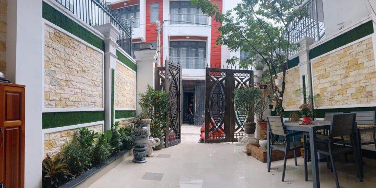 Bán Nhà Đường 19, Bên Sông Hiệp Bình Chánh, 4,6×18,6m, 2 Lầu, Sân Thượng